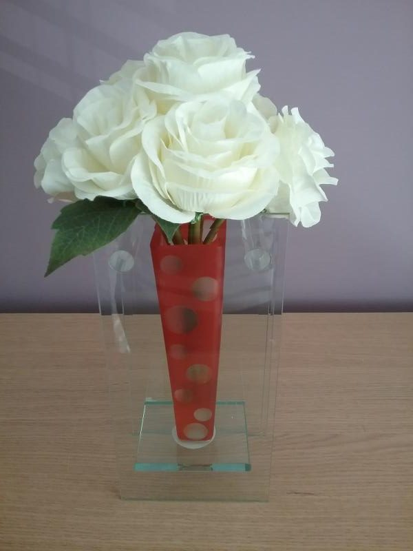 Cream Rose Flower Arrangement