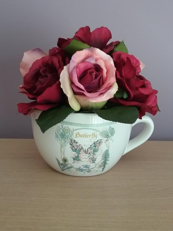 Deep Red Roses Teacup Flower Display